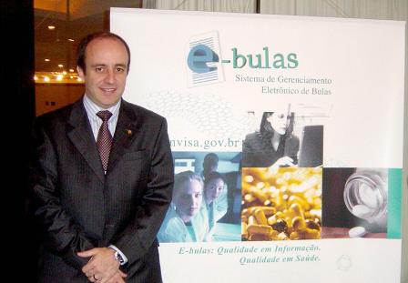 Lanzamiento del proyecto eBulas con ANVISA y la Industria Farmaceútica de Brasil