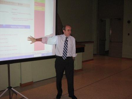 Presentado la estrategia Web 2.0 de la OPS  a todos los administardores